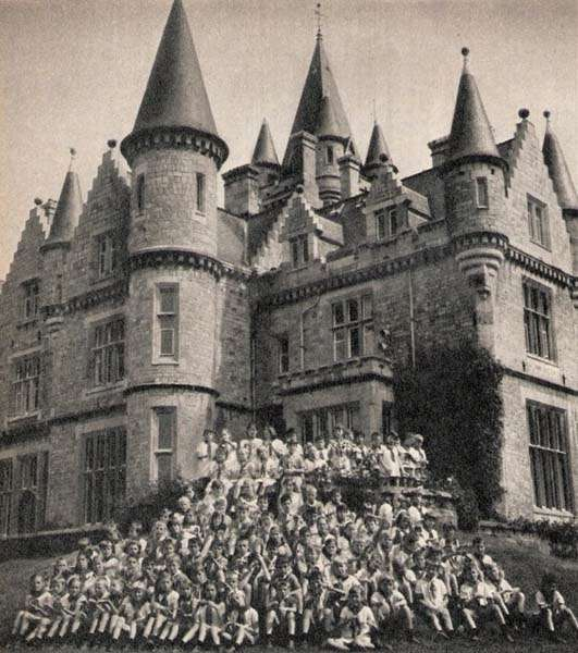 Miranda Castle with children