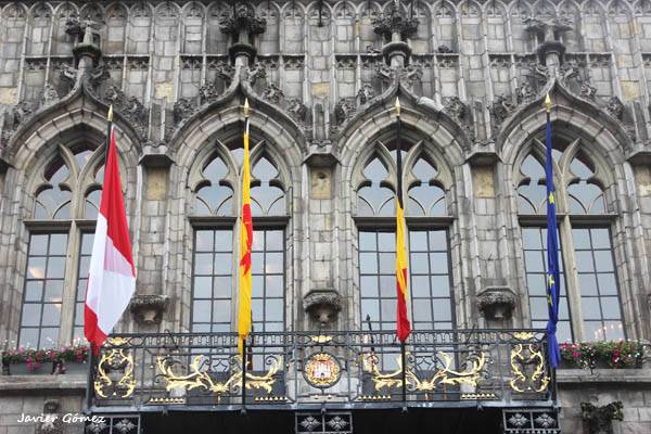 Façade of the Town Hall of Mons